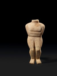 A CYCLADIC MARBLE HEADLESS FEM