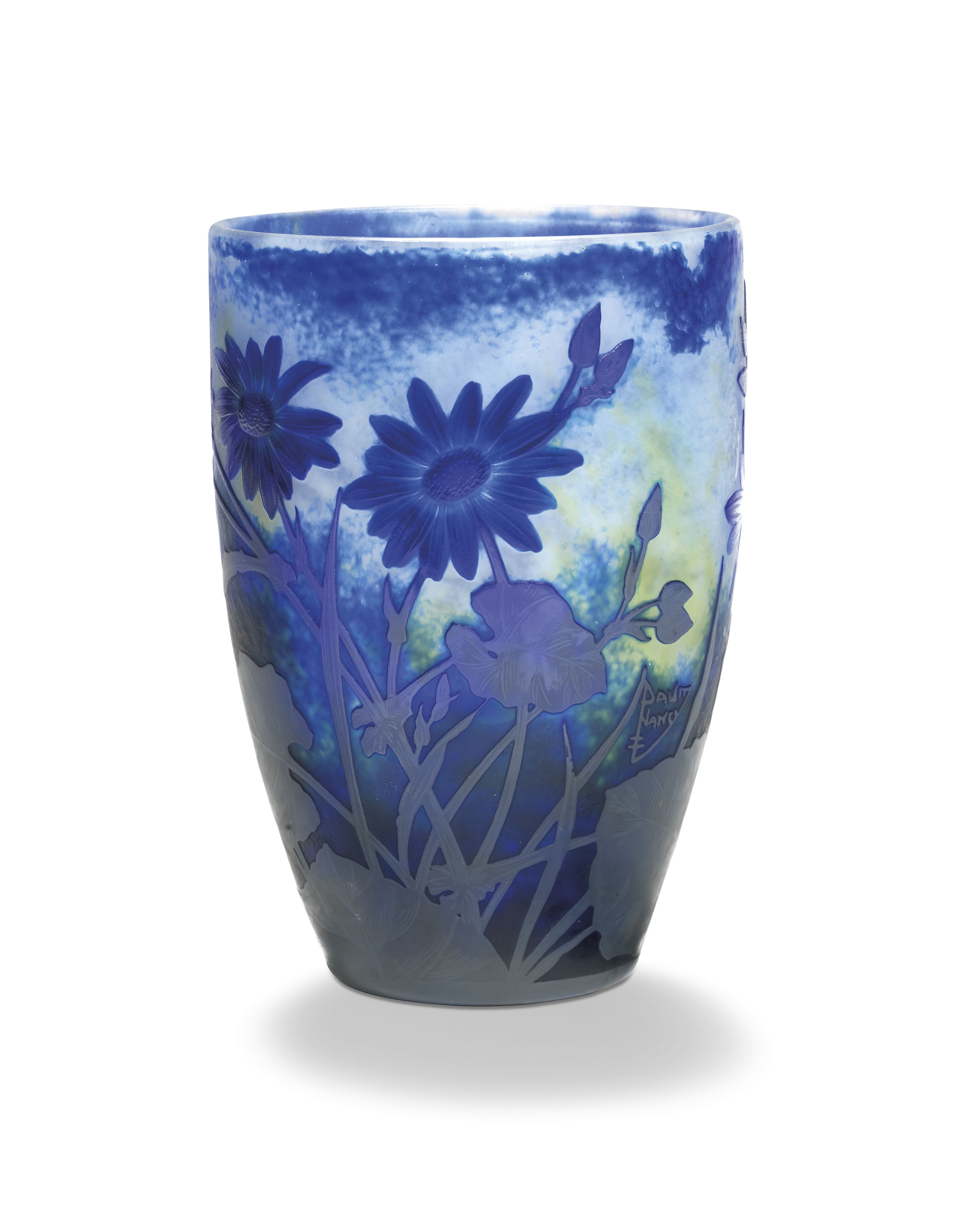 A 'DAISIES' CAMEO-GLASS FLORAL