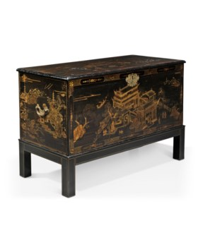 A CHINESE EXPORT BLACK AND GILT LACQUER CHEST