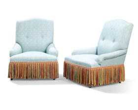 A PAIR OF SLIPPER CHAIRS