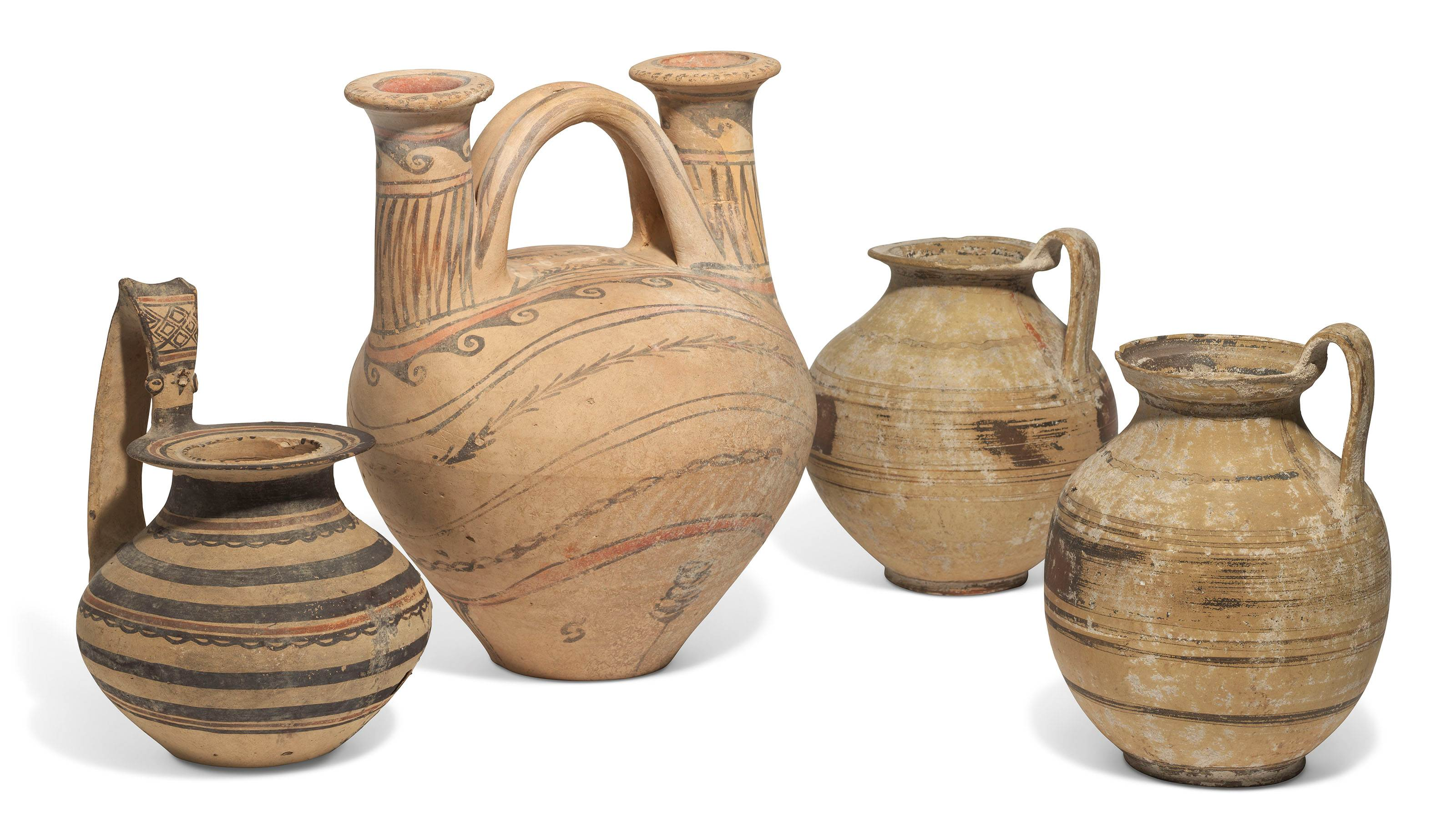 FOUR DAUNIAN POTTERY VESSELS