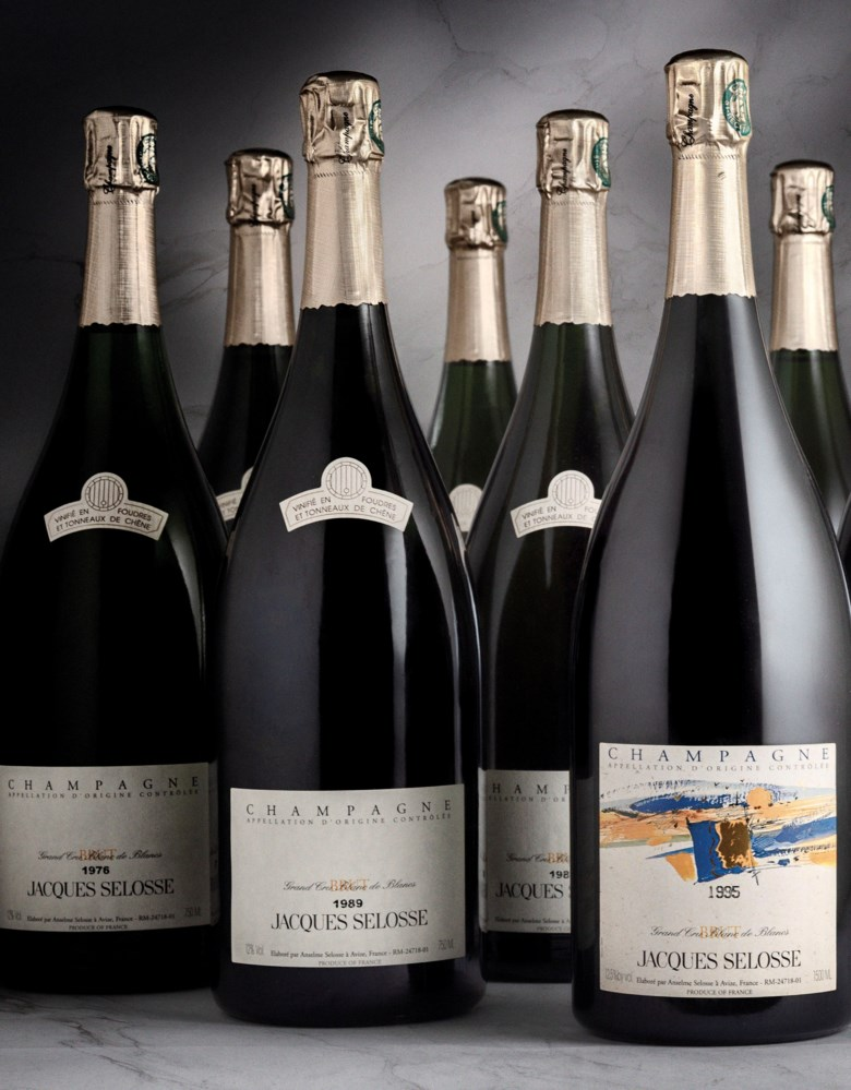Jacques Selosse Grand Cru Blanc de Blancs 1976  magnum (1) 1989  magnum (3) 1993  magnum (1) 1995  magnum (1) 1997 Extra Brut Blanc de Blancs  magnum (2) 1998  magnum (2), 10 magnums per lot. Offered with a VIP package of overnight accommodation at Les Avizés for 2 people, a tutored tasting and tour and dinner hosted by Anselme and Guillaume Selosse, and a bespoke version of The New
