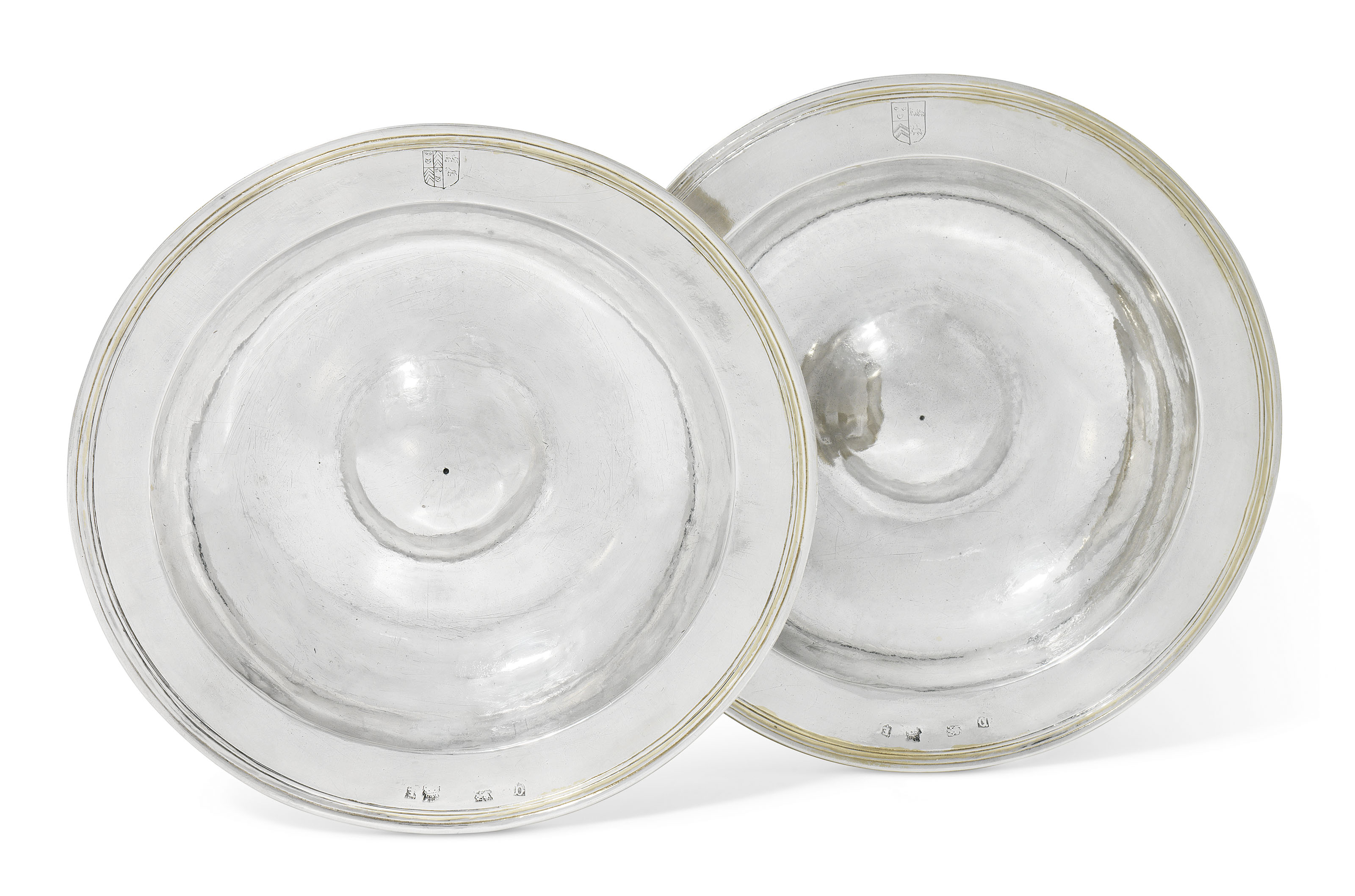 A PAIR OF ELIZABETH I SILVER DISHES FROM THE 'ARMADA' SERVICE