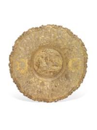A GEORGE IV SILVER-GILT SIDEBOARD DISH