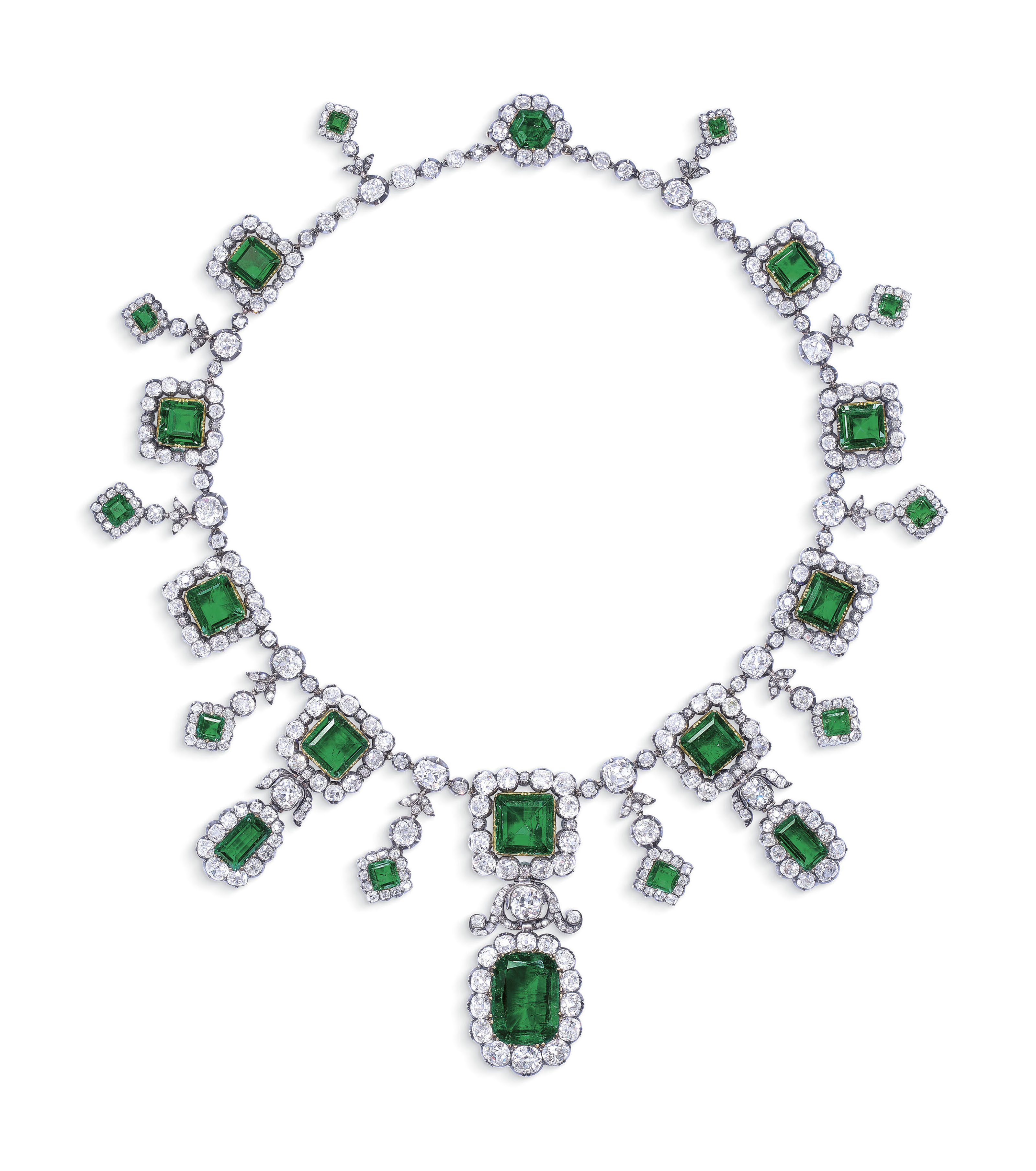 HISTORIC EARLY 19TH CENTURY EMERALD AND DIAMOND FRINGE NECKLACE