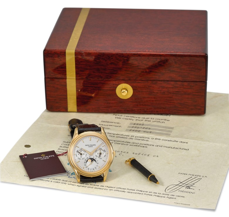 Patek Philippe. A very fine 18K gold automatic perpetual calendar wristwatch with moon phases, German calendar, Certificate of Origin and box, Signed Patek Philippe, Genève, ref. 3940, movement no. 770'209, case no. 2824'980, manufactured in 1986. Estimate CHF 25,000-45,000. Offered in Rare Watches on 11 November 2019 at Christie's in Geneva