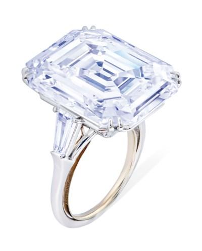 ATTRACTIVE DIAMOND RING, HARRY