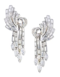 DIAMOND BROOCH AND EARRING SET, STERLÉ