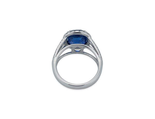 SAPPHIRE AND DIAMOND RING WITH LOTUS REPORT