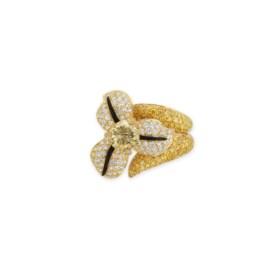 COLOURED DIAMOND AND DIAMOND 'FLOWER' RING, SCAVIA
