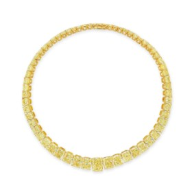 IMPORTANT COLOURED DIAMOND AND DIAMOND NECKLACE