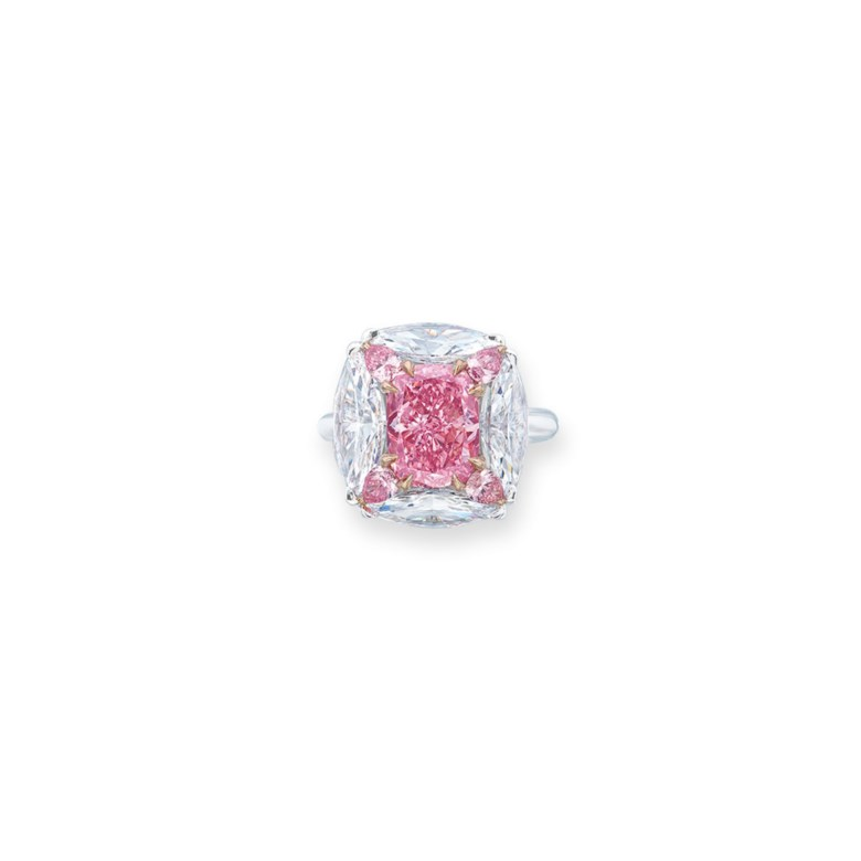 Superb Coloured Diamond and Diamond Ring, Moussaieff. Estimate HK$46,800,000-65,000,000. Offered in Hong Kong Magnificent Jewels on 28 May 2019 at Christie's in Hong Kong