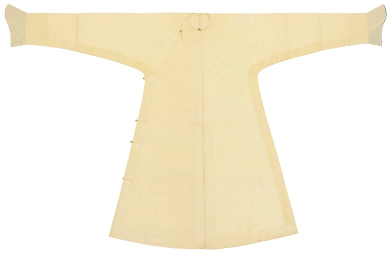 An extremely rare pale yellow gauze man's robe, changfu, 18th century. 90¼ in (229.2  cm) long, 52¼ in (132.7) wide. Sold for 11,250 on 22 March 2019 at Christie's in New York