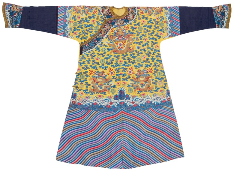 An imperial yellow kesi twelve symbol dragon robe, longpao, Guangxu period (1875-1908). 56 in (142.2 cm) long, 85¾ in (217.8 cm) wide. Sold for $125,000 on 22 March 2019 at Christie's in New York