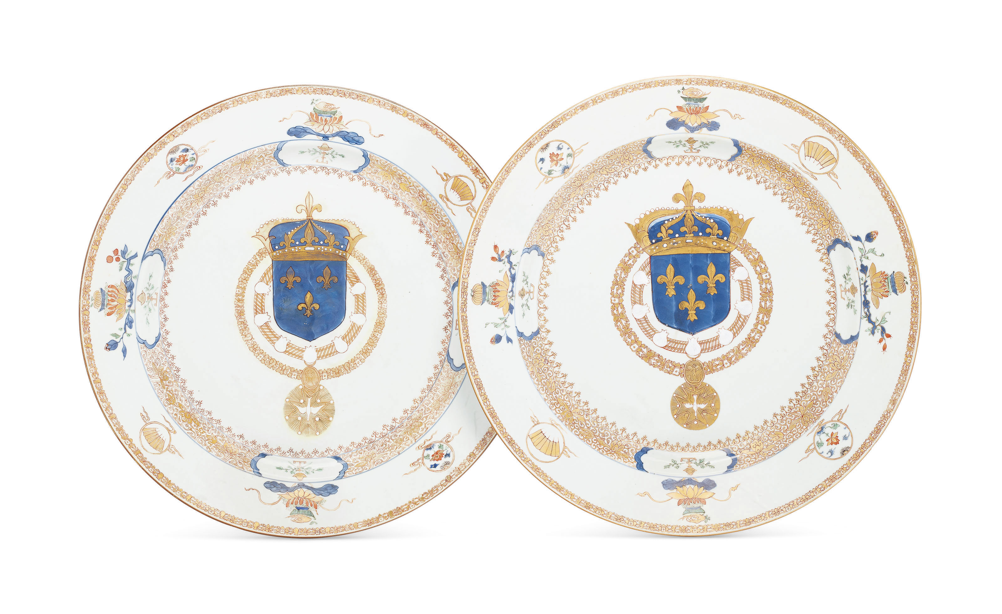 A MASSIVE PAIR OF FRENCH ROYAL ARMORIAL DISHES