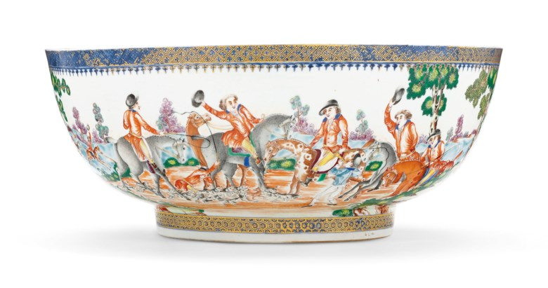 A large hunting punchbowl, Qianlong period, circa 1780. 15⅝  in (39.7 cm) diameter. Estimate $10,000-15,000. Offered in Chinese Export Art Featuring the Hodroff Collection, Part IV on 17 January 2019 at Christie's in New York