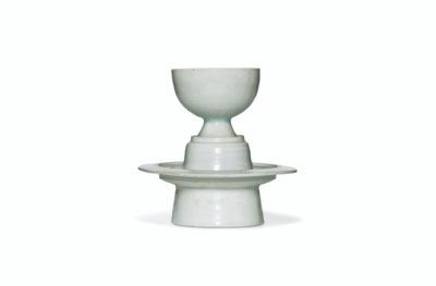 A QINGBAI CUP AND STAND