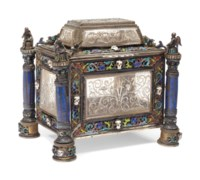 A VIENNESE SILVER-GILT, ENAMEL, LAPIS LAZULI AND ETCHED ROCK-CRYSTAL LIDDED CASKET