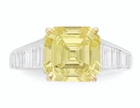 COLORED DIAMOND AND DIAMOND RING, GRAFF
