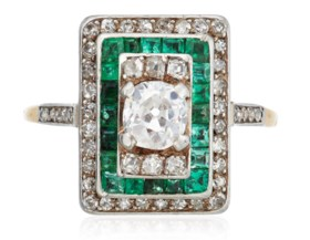 ART DECO DIAMOND AND EMERALD RING ATTRIBUTED TO RENÉ BOIVIN