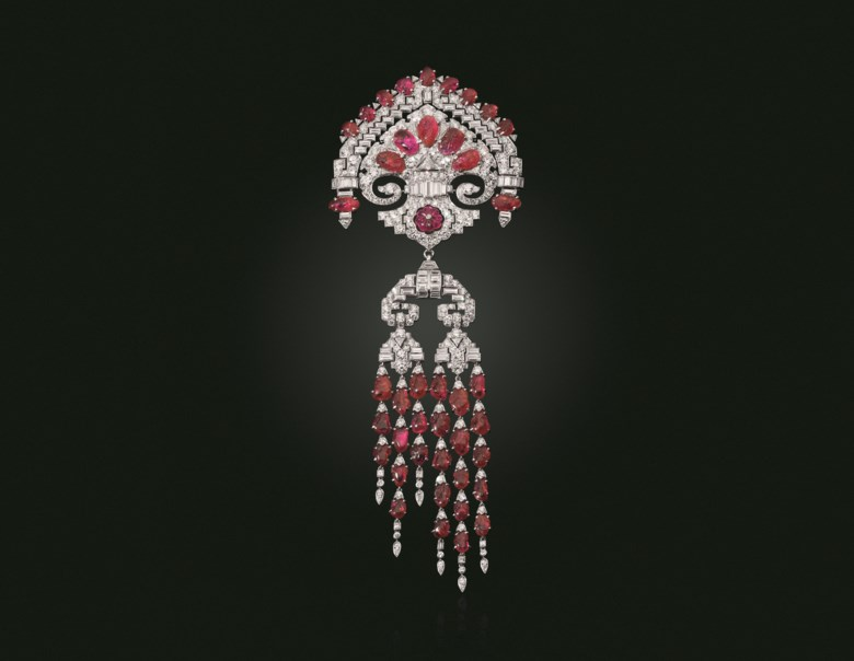 Lacloche Frères, Art Deco carved ruby and diamond brooch, circa 1930. Sold for $447,000 on 19 June 2019 at Christie's in New York