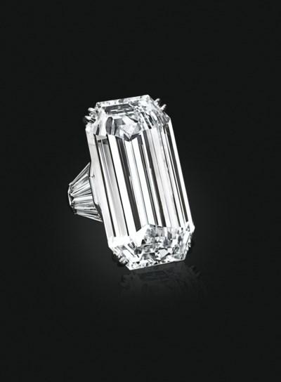 'MIRROR OF PARADISE' A DIAMOND