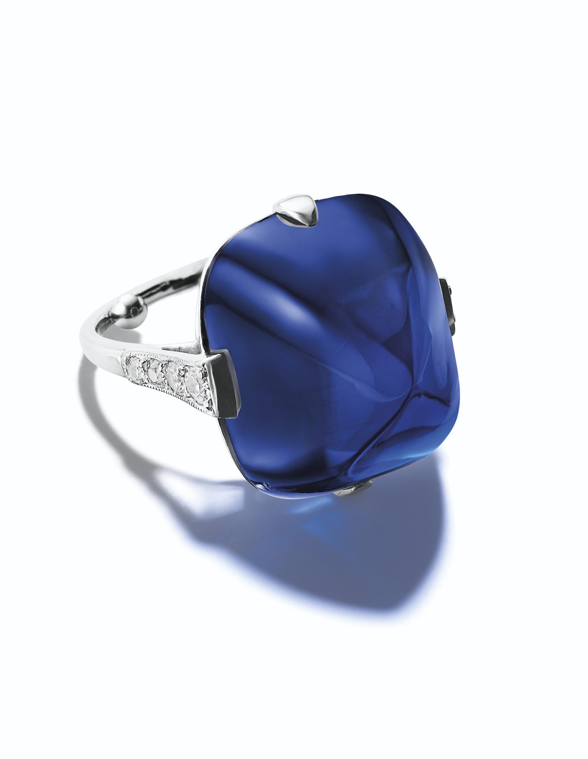 A SUPERB BELLE ÉPOQUE SAPPHIRE AND DIAMOND RING
