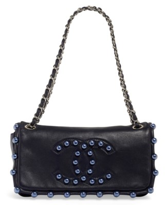 A NAVY LAMBSKIN LEATHER PEARL CC SINGLE FLAP BAG WITH SILVER HARDWARE