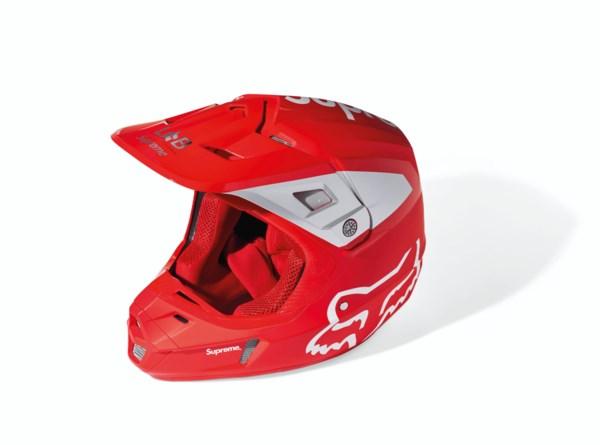 A COLEMAN CT200U MINI BIKE & A FOX RACING RED V2 HELMET