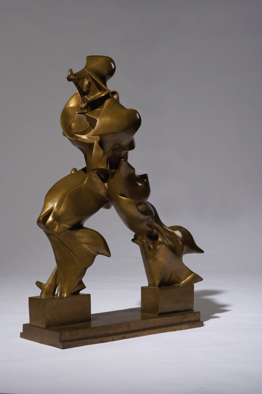 Umberto Boccioni (1882-1916), Forme uniche della continuità nello spazio (Unique Forms of Continuity in Space), conceived in 1913 and cast in 1972. Bronze. Length 35 in (89 cm). Sold for $16,165,000 on 11 November 2019 at Christie's in New York