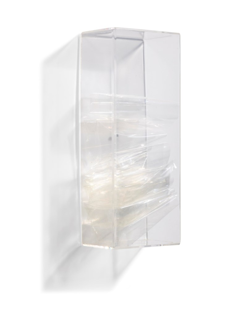 Jac Leirner (b. 1961), Pulmão (Lung). Executed in 1991. Perspex box and cellophane. 8½ x 3⅜ x 2⅜ in (21.6 x 8.6 x 6.1 cm). Estimate $12,000-18,000. Offered in Latin American Art Online, 16-26 November 2019, Online