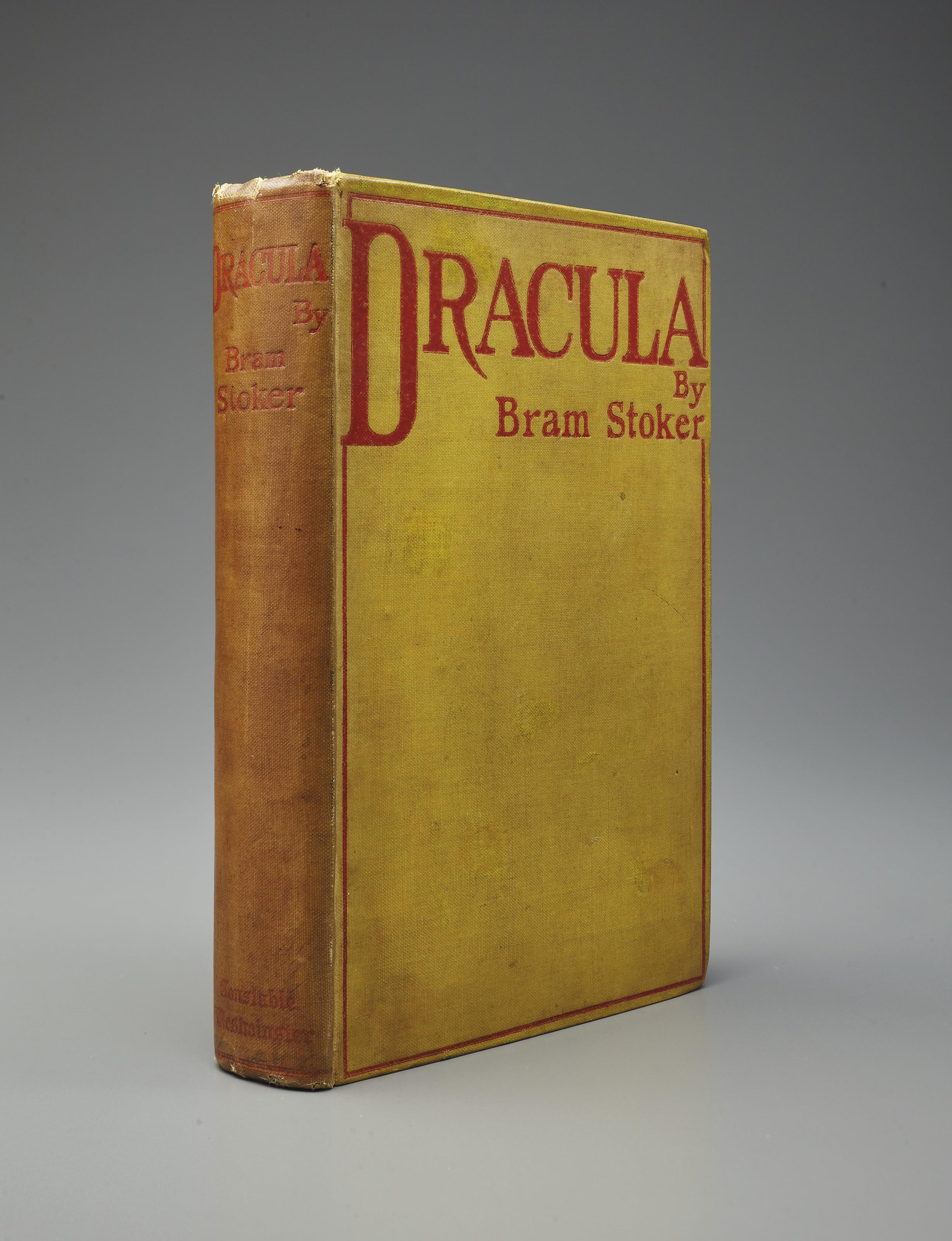 Результат пошуку зображень за запитом Dracula 1st edition