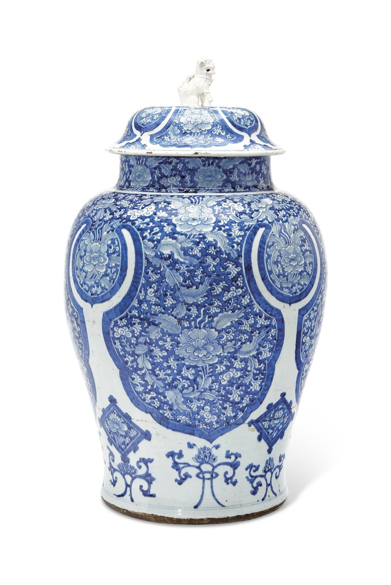 A massive blue and white jar and cover, Kangxi period (1662-1722). 31¾  in (80.6  cm) high. Sold for $32,500 on 10 April 2019 at Christie's in New York