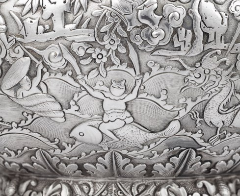 A FINE CHINESE EXPORT SILVER TEAPOT