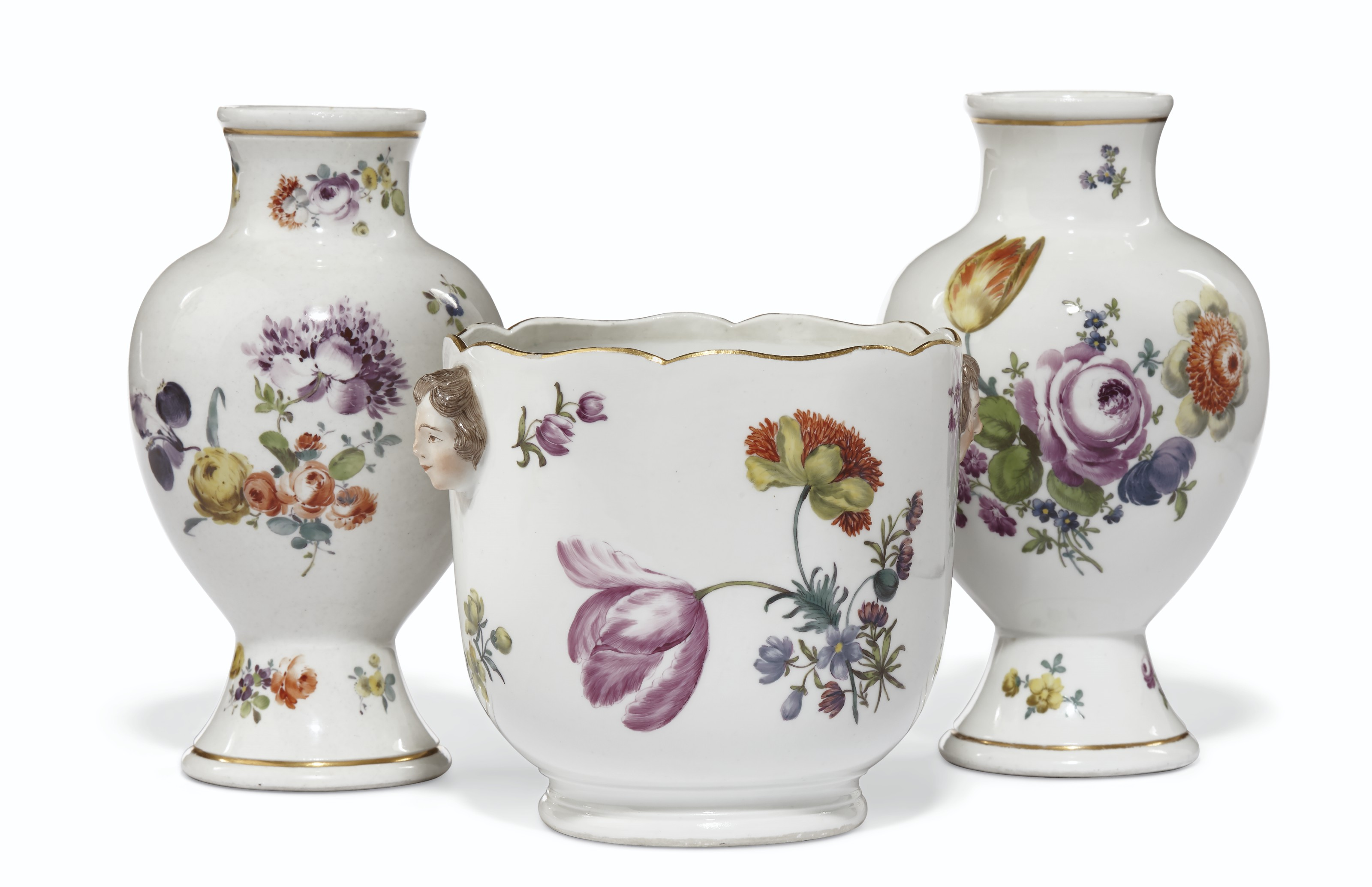 A PAIR OF MEISSEN PORCELAIN VASES AND A COOLER
