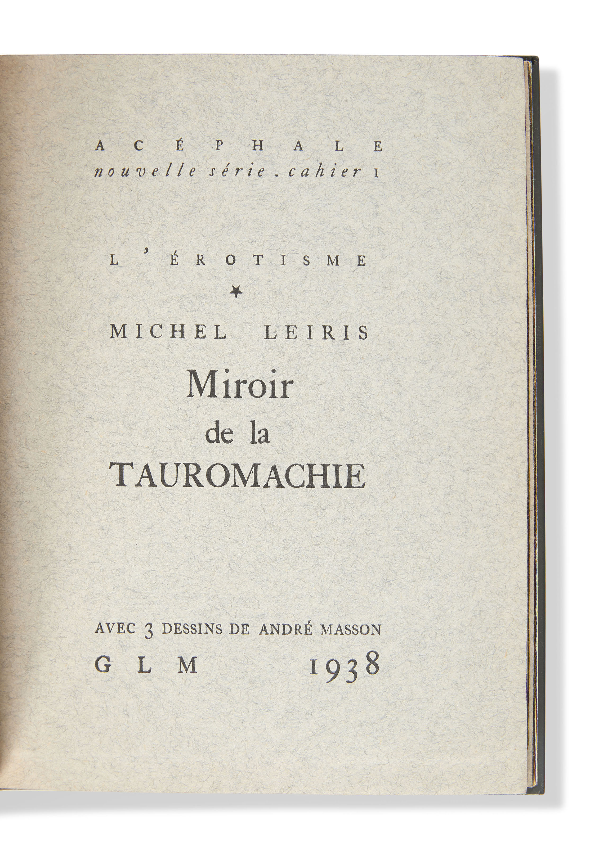 LEIRIS (M.) – MASSON (A.). Miroir de la tauromachie. Paris, GLM, 1938, in-12, box janséniste gris métallisé, dos lisse orné, couverture gris-bleu et dos, tranches dorées sur témoins, étui gainé de même box (P.L.Martin, 1963).
