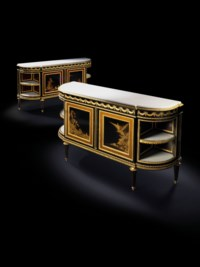 A NEAR PAIR OF FRENCH ORMOLU-MOUNTED EBONY AND JAPANESE BLACK LACQUER COMMODES A L'ANGLAISE