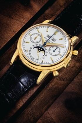PATEK PHILIPPE A VERY RARE 18K GOLD PERPETUAL CALENDAR CHRON