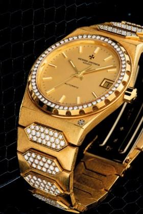 VACHERON CONSTANTIN AN 18K GOLD AND DIAMOND-SET AUTOMATIC WR