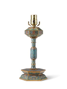 A CLOISONNÉ ENAMEL HAT STAND, MOUNTED AS A LAMP