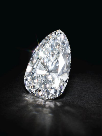 A SENSATIONAL DIAMOND NECKLACE
