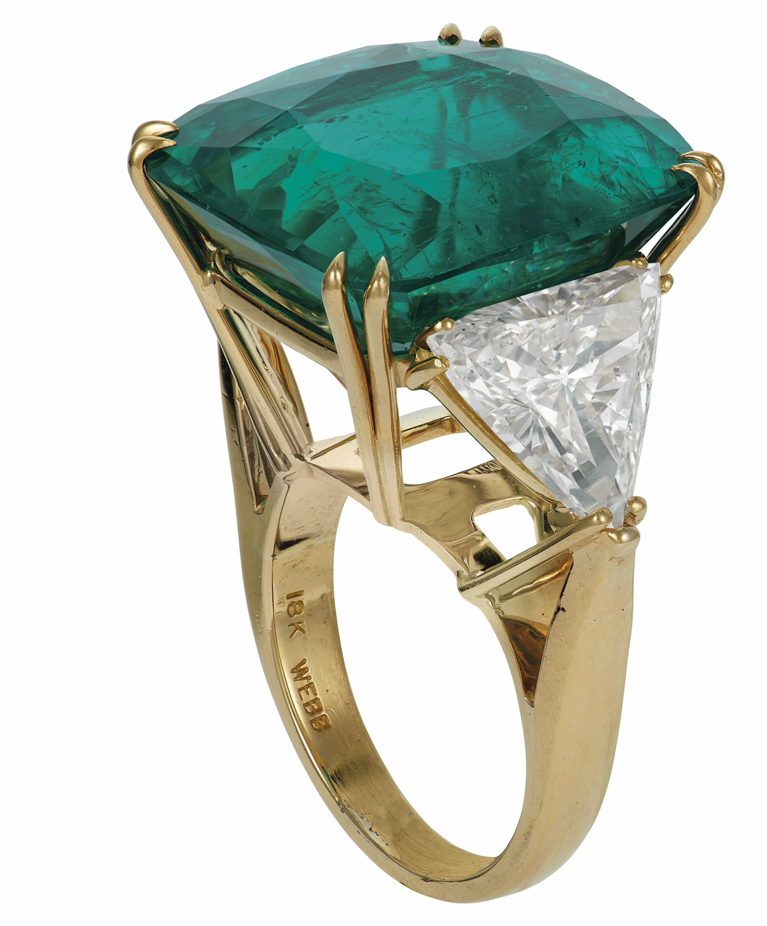 AN IMPRESSIVE EMERALD AND DIAMOND RING, DAVID WEBB