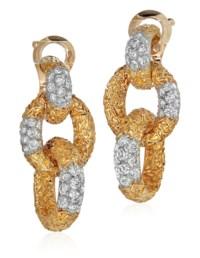 VAN CLEEF & ARPELS DIAMOND EAR