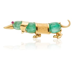 VAN CLEEF & ARPELS EMERALD AND GOLD DOG BROOCH