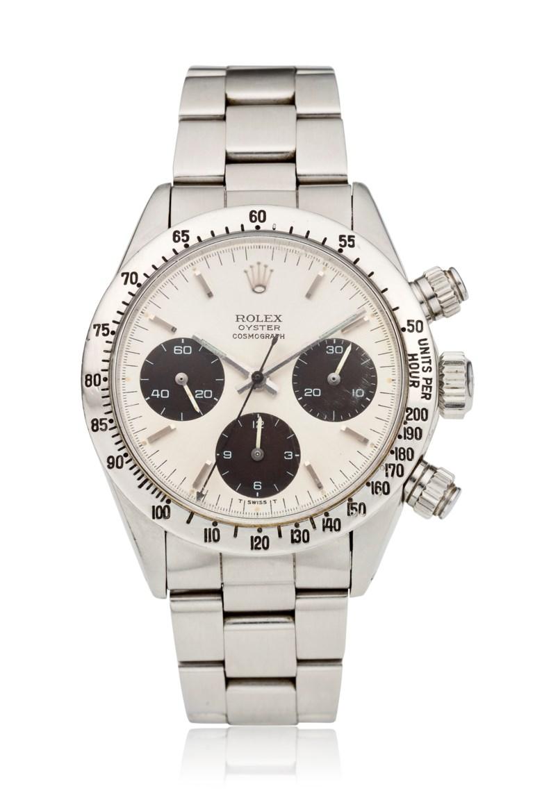 勞力士,蠔式宇宙計型迪通拿,型號6265,曾為傳奇賽車手Carroll Smith收藏並佩戴。另附:Carroll Smith兩本著作,1975年出版之《Prepare to Win》,以及1996年出版之《Drive to Win》。估價:150,000 – 200,000美元。此拍品將於2020年10月1至13日在Watches Online Discovering Time網上拍賣中呈獻