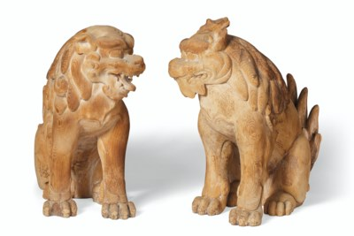 A PAIR OF CARVED WOOD MODELS O