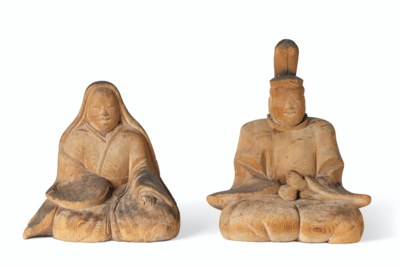 A PAIR OF CARVED WOOD FIGURES