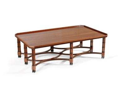 TABLE BASSE DU MILIEU DU XXe S