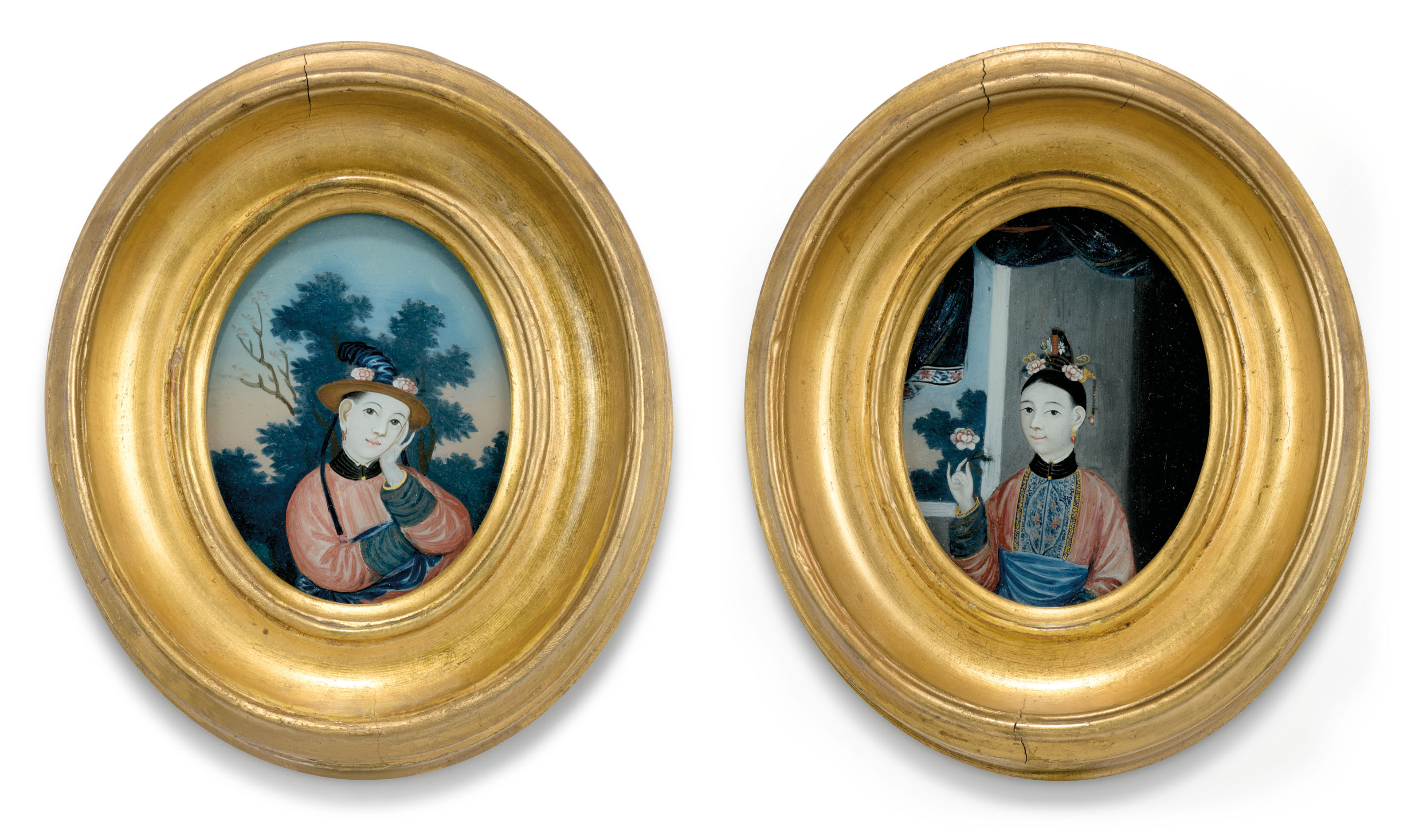 A PAIR OF CHINESE EXPORT OVAL REVERSE-GLASS PAINTINGS