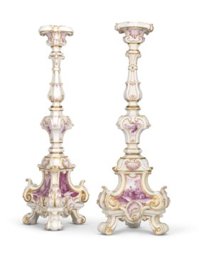 A PAIR OF CAPODIMONTE (CARLO III) PORCELAIN ALTAR CANDLESTIC